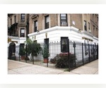 FIVE BEDROOMS THREE BLOCKS FROM CENTRAL PARK UPPER MANHATTAN WASHER AND DRYER IN THE APARTMENT