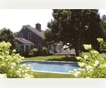 South of the highway in Bridgehampton 4 bedroom 2 bath