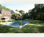 Have It All Minutes to Ocean and Bridgehampton Village