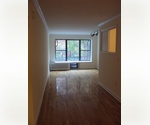 Beautiful 2 bedroom/1.5 bath - Upper East Side **Pre War** 